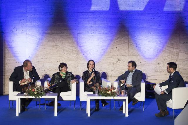 30 let svobody - Český rozhlas Plus: Tomáš Sedláček, Alina Mungiu-Pippidi, Julia Ioffe, Yascha Mounk